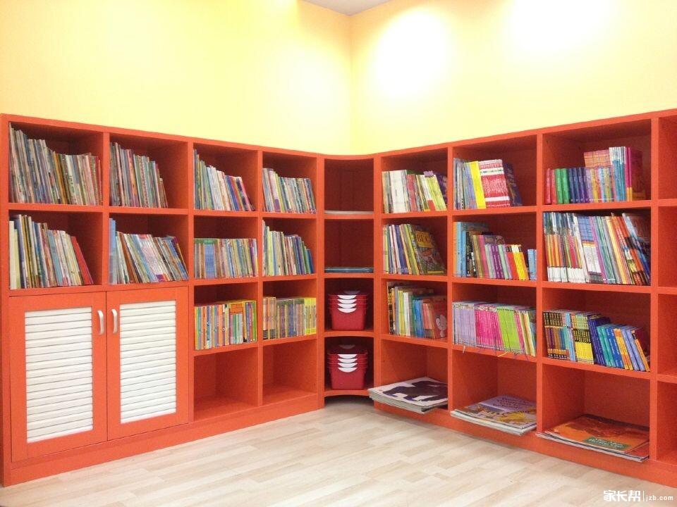 ... 三楼,目前图书馆内有原版英语绘本2000册,原版图书