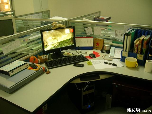 【晒办公桌】格子间里的小世界图片