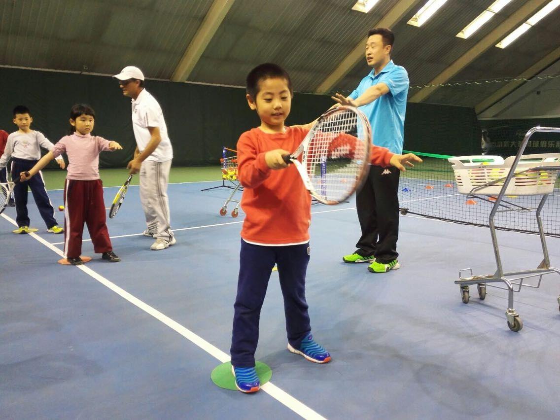 跟外教一起打网球,说英语【周末免费体验活动】[北京]