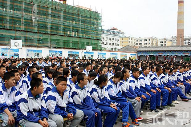 我眼中不一样的记忆【新建县望城镇青西初级中的学校珍藏作文初中图片