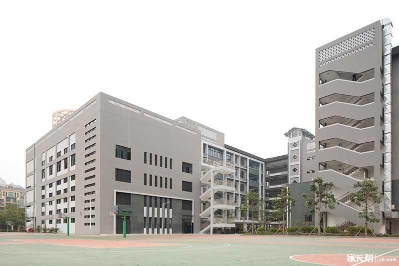 校园2.JPG
