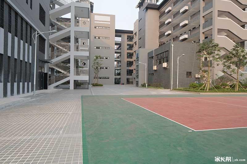 校园1.JPG