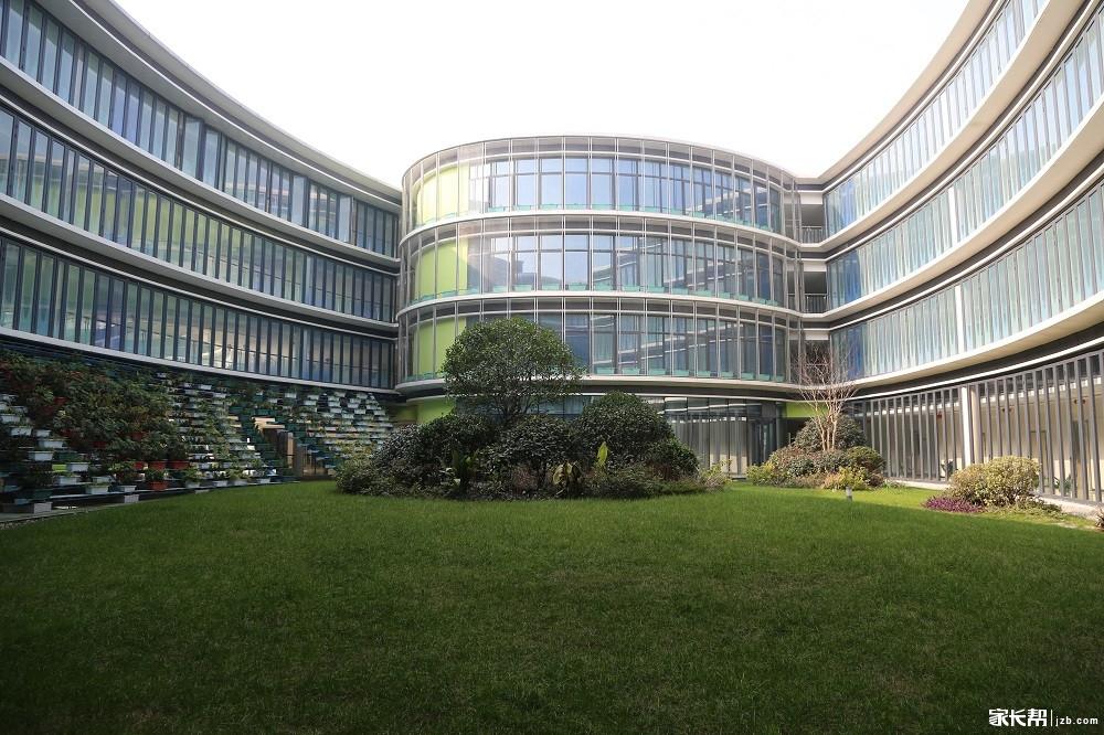 文澜未来科技城校园风景