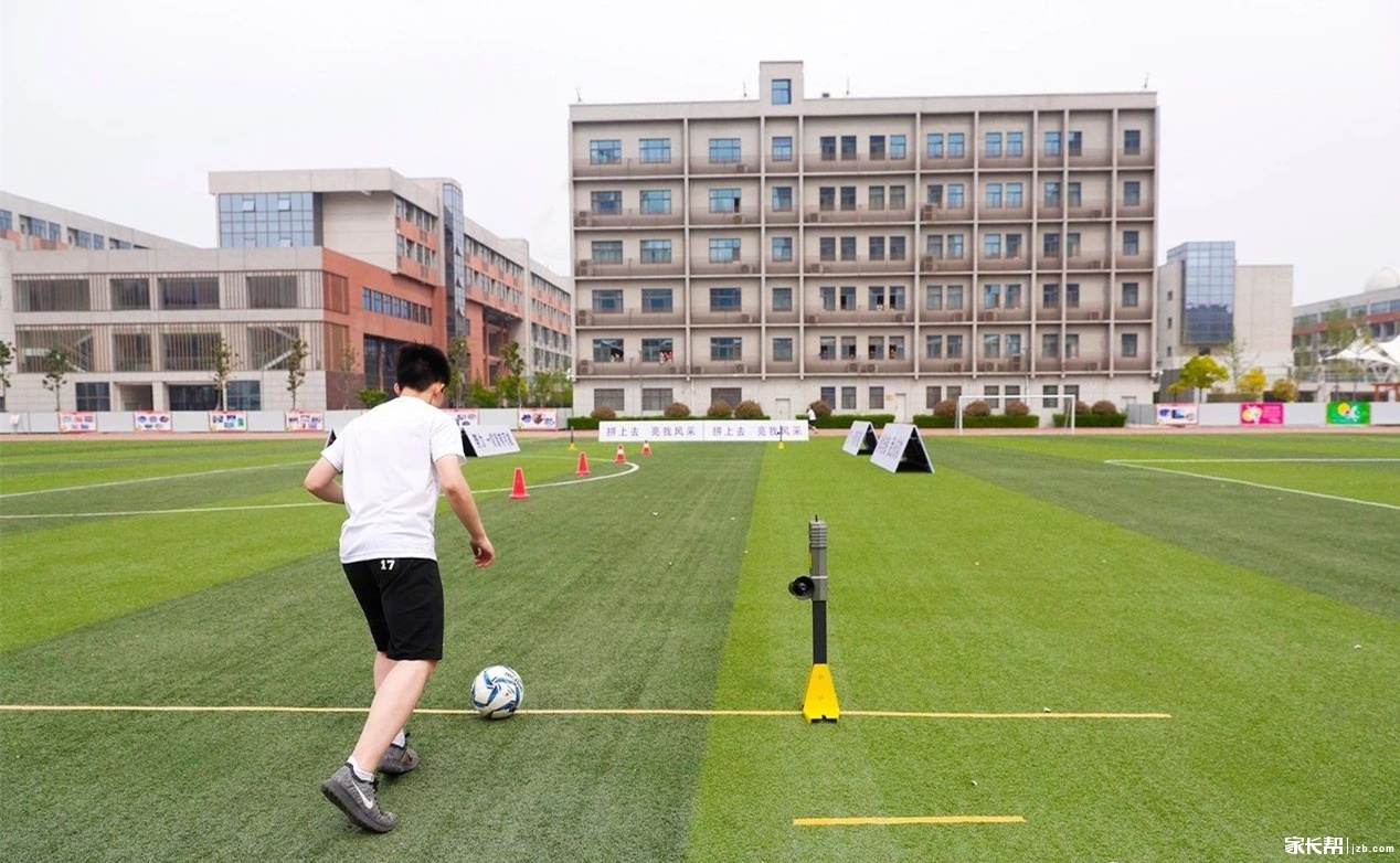 郑州中招体育考试倒计时,让我们来复习一遍足