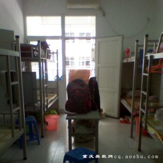 一三八巴的孩子住读条件?高中v孩子住宿杭州市私立高中图片